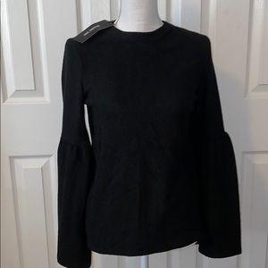 Bell Sleeved Black Sweater 🖤